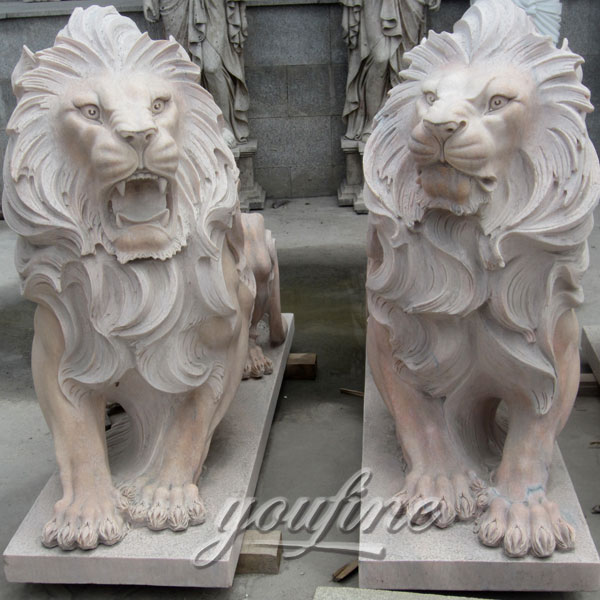 Decorative Life size Hand Carved Yellow Marble Lion Sculptures for sale
